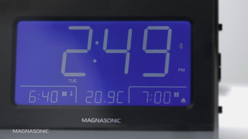 Using the Magnasonic CR65 Clock Radio as a Bluetooth Speaker